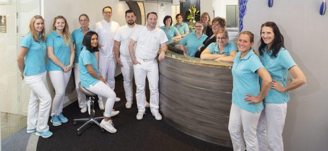 Zahnarztpraxis Maroof und Kollegen Team